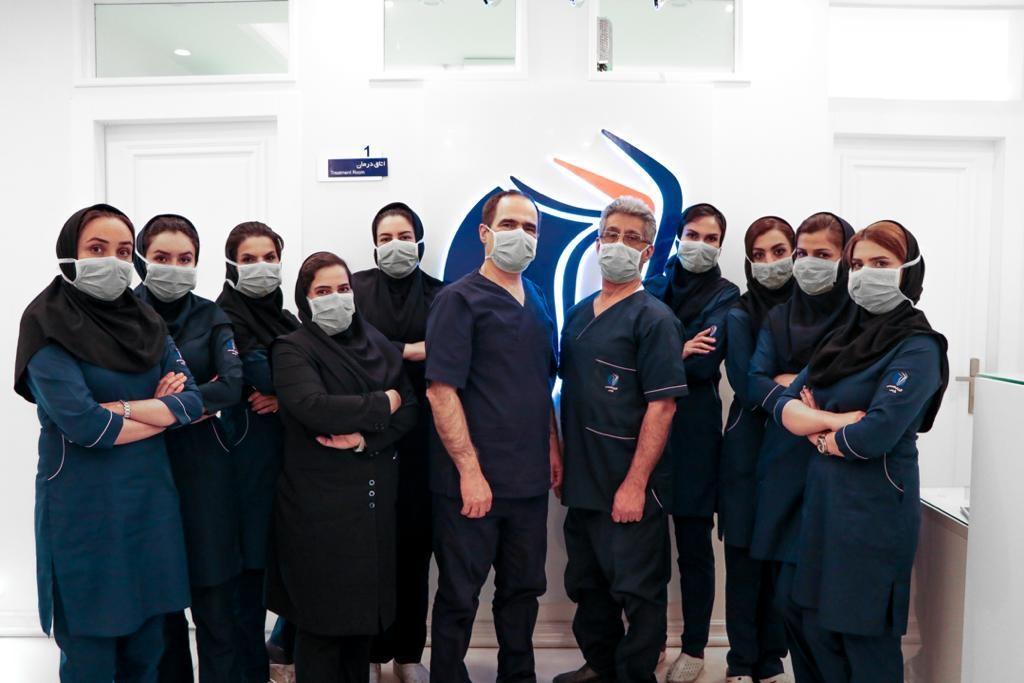 دکتر مهرداد اقدسی و دیگر همکاران کلینیک درمان واریس