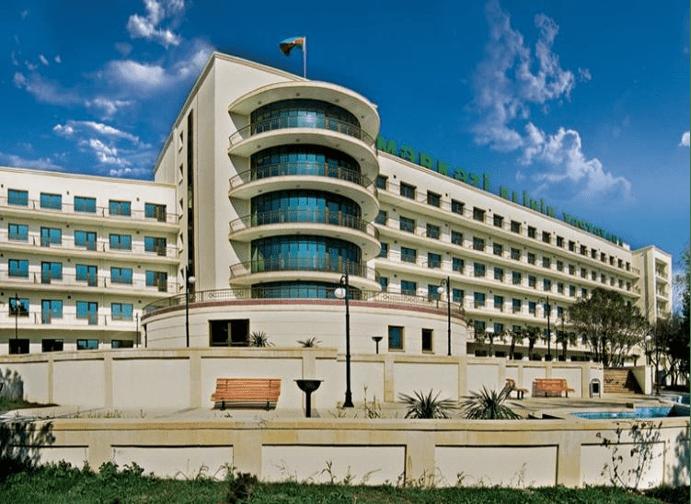بیمارستان کلینیک مرکزی باکو-Mərkəzi Klinika